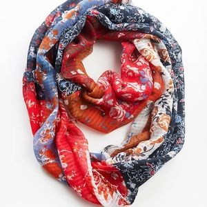 Very beautiful Mixed Floral Infinity Scarf